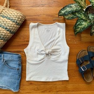 AEO | Cropped White Tie Front Top